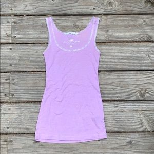 Light purple/pink tank top